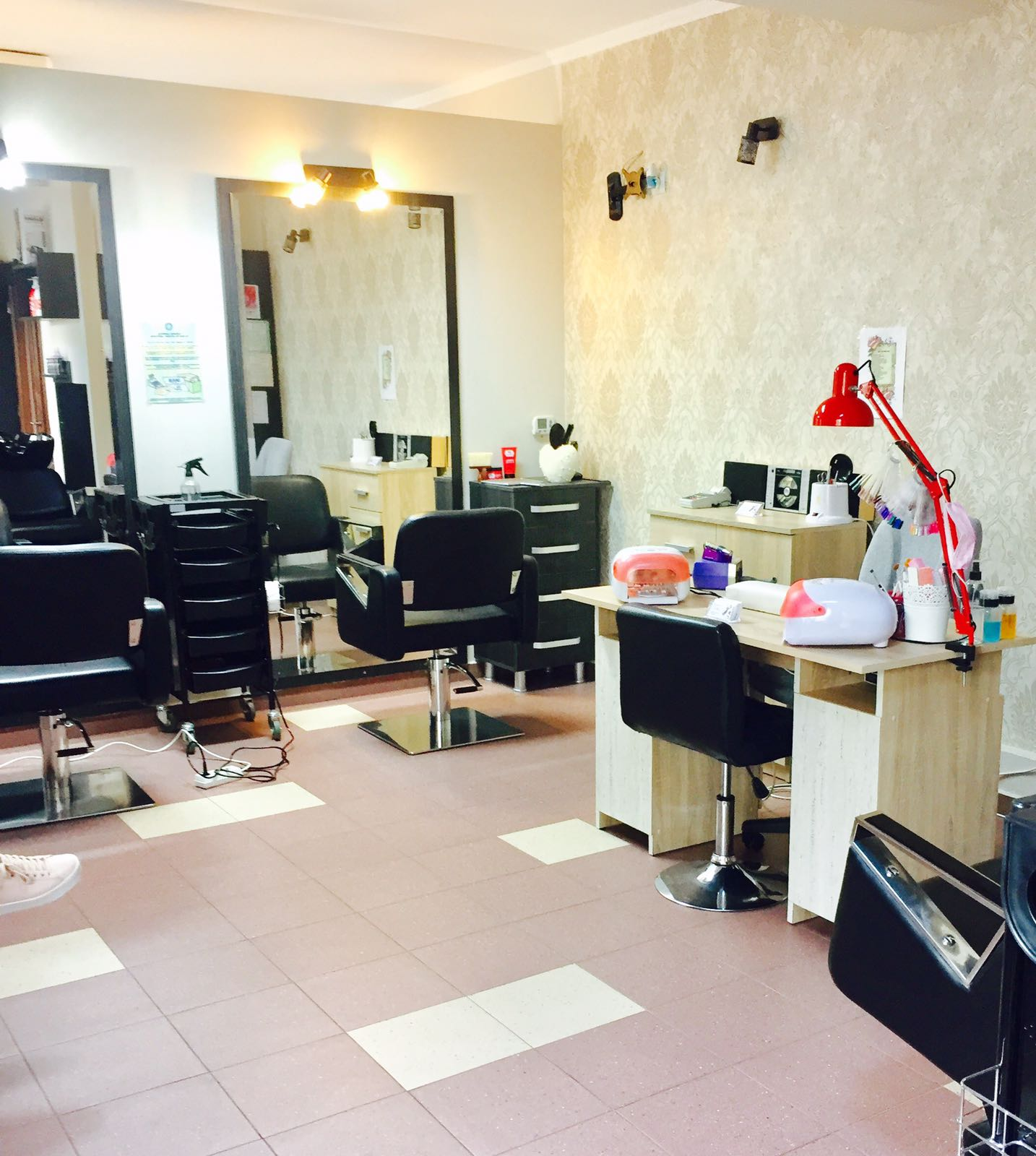 Salonul de infrumusetare Ego Beauty Studio